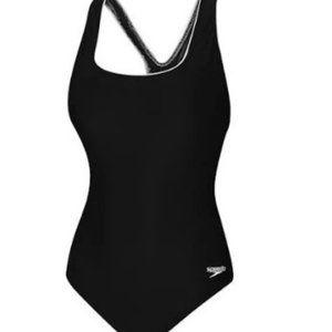 NWT Speedo Plus Ultraback Swimsuit Size 20-22